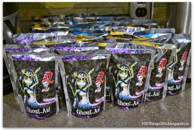 100 Things 2 Do – DIY Monster High Decorations – Day 2