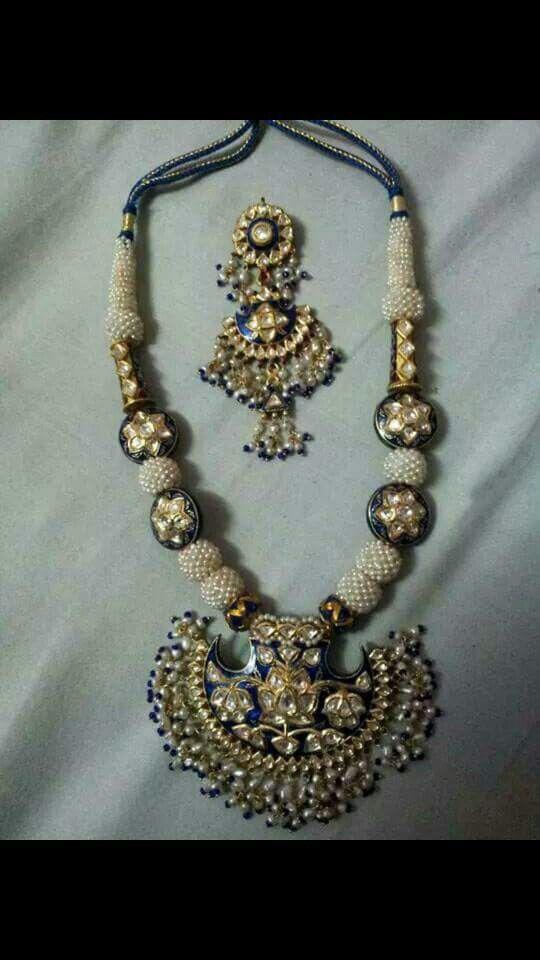 Uncut diamond with meena kari