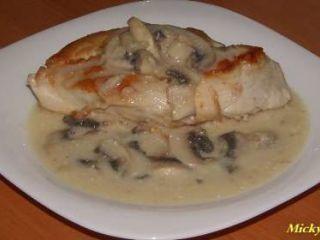 Piept de pui cu sos de ciuperci, Rețetă Petitchef