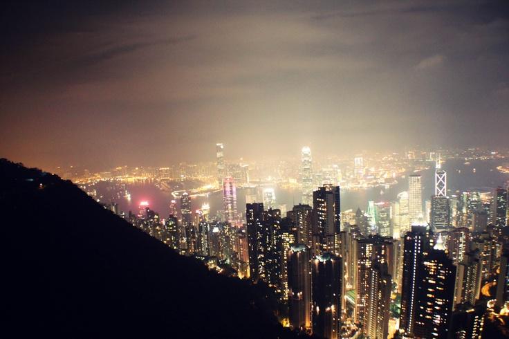 Hong-Kong Victoria Peak at night