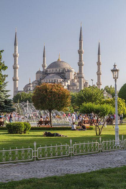 Sultanahmet park, blue Mosque, from Sultanahmet park, in Istanbul, Turkey.