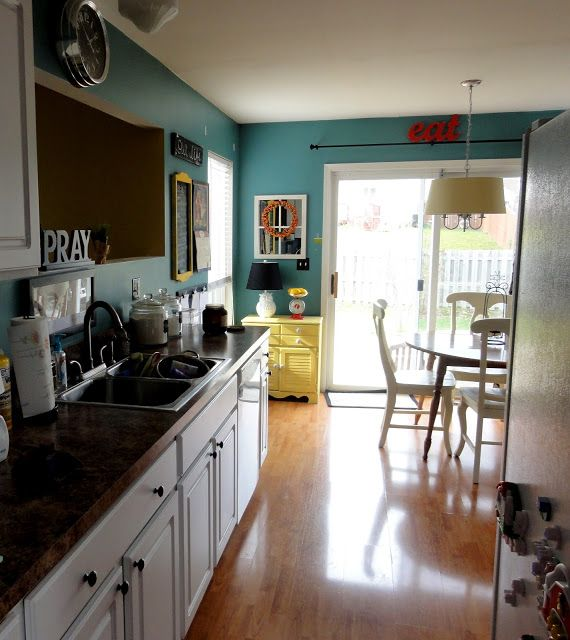 A Grace Full Life: Kitchen Makeover- Paint Changes EVERYTHING