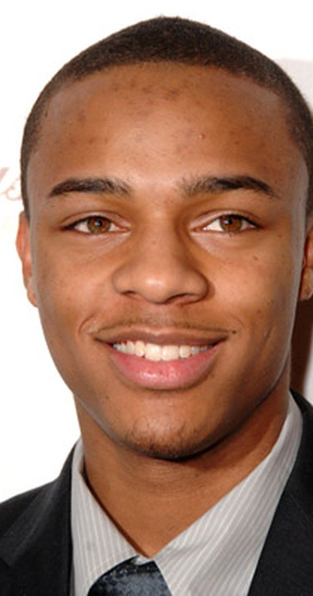 """Shad Moss, Actor: Like Mike. Shad Gregory Moss was born on March 9, 1987 in Columbus, Ohio to Teresa Rena (Jones) and Alfonso Preston Moss. When Shad was five, he started his rap career using the nickname """"Kid Gangsta."""" One year later, he took front stage during """"The Chronic Tour"""" and impressed rapper Snoop Dogg, who later gave him the name Lil' Bow Wow. Snoop Dogg later hired him as an opening act and introduced him to ..."""
