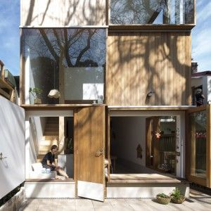 Panovscott+creates+Sydney+extension+with++alternating+timber+and+glass+facade