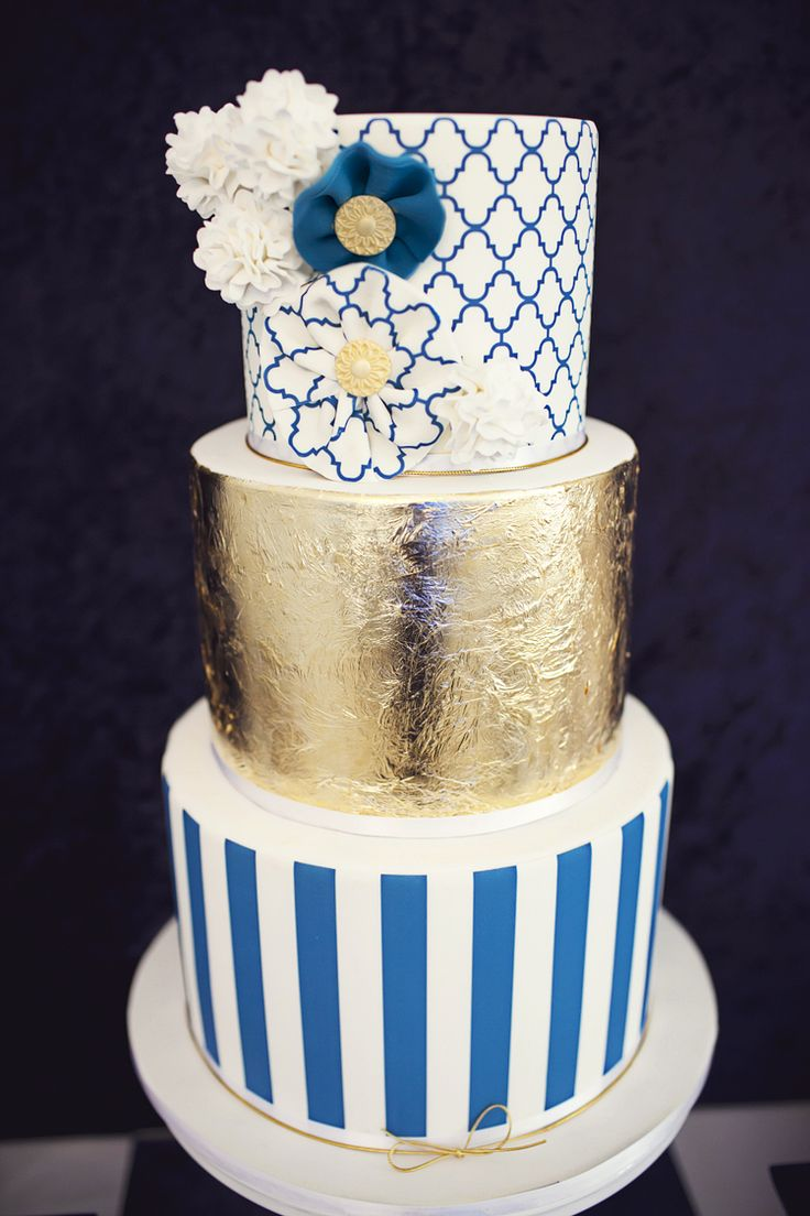 baby blue and gold wedding cake gold white navy ideas navy gold 10991