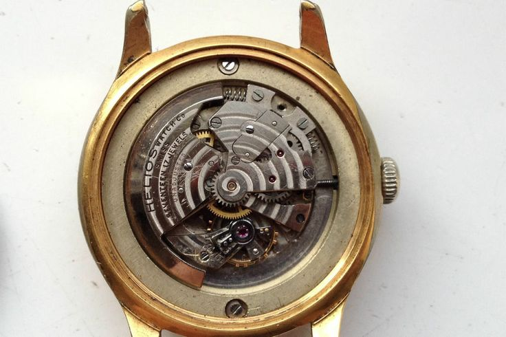 AUCTIONS ENDING ON WEDNESDAY 3 FEBRUARY FROM 8pm NEW AUCTIONS STARTING FROM 8pm........MENS VINTAGE ALPHA 17J SWISS AUTOMATIC WATCH with HELIOS BUMPER MOVEMENT SPARES
