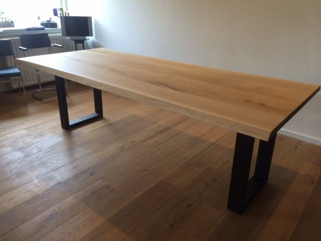 Bullit tafel dyyk 240 x 100 poten mat zwart lak cbm 281 klant