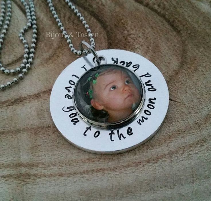"Fotoketting ""I love you to the moon and back"""