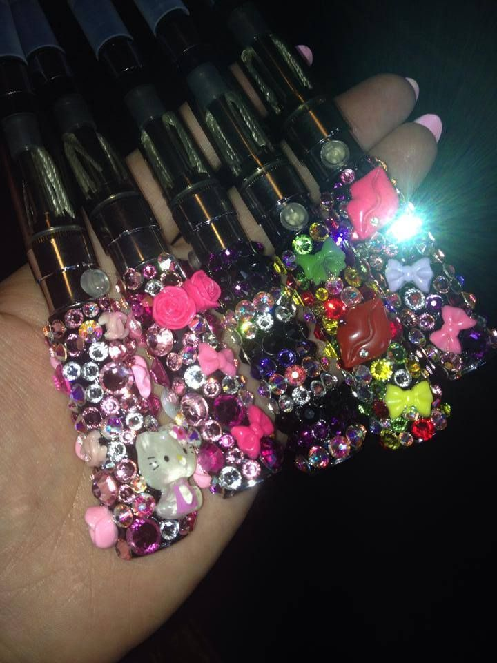 customized vape pens blinged with all Swarovski crystals vape comes