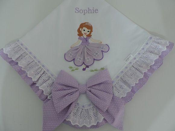Manta de Piquet Princesa Sophia barradinho poá lilás.