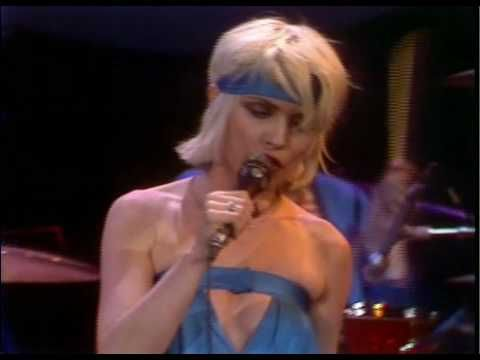 Blondie. Heart of Glass at The Midnight Special - YouTube