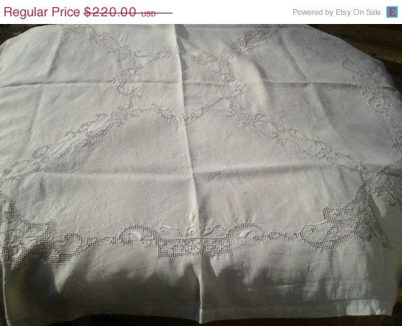 ON SALE Antique 1900 s Handmade French Linen Tablecloth Matching 10 Napkins Set - Wreath Embroidery - Cut Work - Heavy Worked - White - 4/6