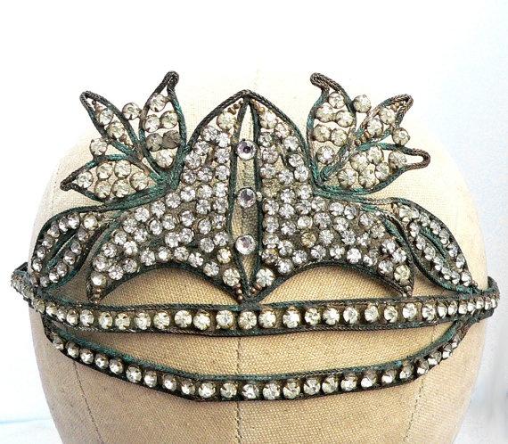 Vintage 1920s flapper headband