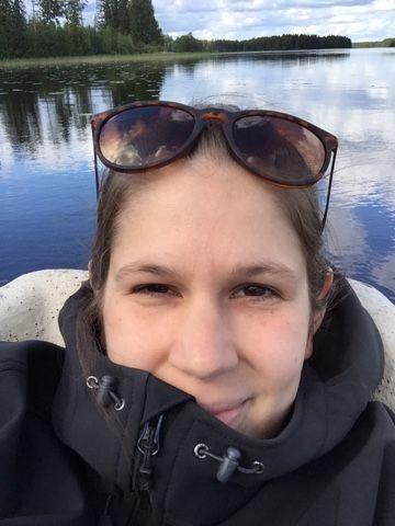 MINÄ: 27-vuotias iloinen, sosiaalinen ja päämäärätietoinen terveystieteiden opiskelija. Kotoisin olen Toivakasta Keski-Suomesta.