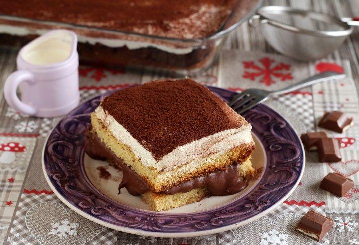 Tiramisù di pandoro con nutella e crema chantilly