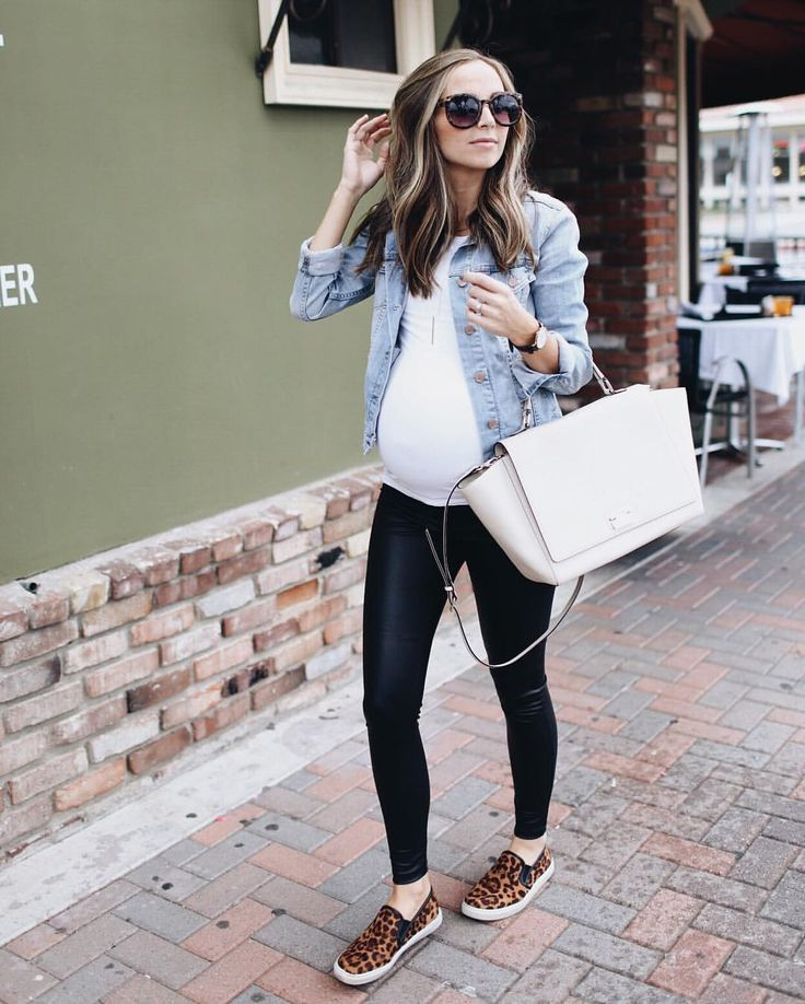Seamstress • Stylist • Blogger • Mama of three | Southern California // : merricksart@gmail.com