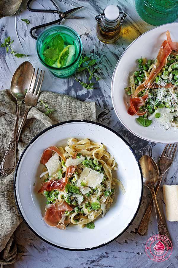 Green peas pasta - makaron z groszkiem i szynką
