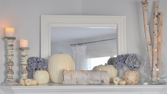 Fabulous Fall mantel Love the pop of color.