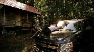Kip Moore – Somethin' 'bout A Truck #CountryMusic #CountryVideos #CountryLyrics http://www.countrymusicvideosonline.com/somethin-bout-a-truck-kip-moore/   country music videos and song lyrics http://www.countrymusicvideosonline.com