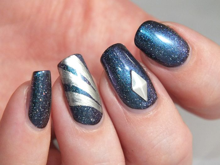 gravity-picture-polish-galaxy-nail-art-manucure-galaxie-sciences-fiction-geek-espace-vernisa-ongles-paillettes-holographiques-edition-limite...