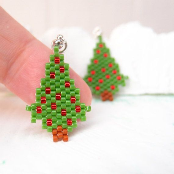 Beaded Christmas Tree Pendant, Peyote Stitch Handmade Charm, Seed Bead Jewelry