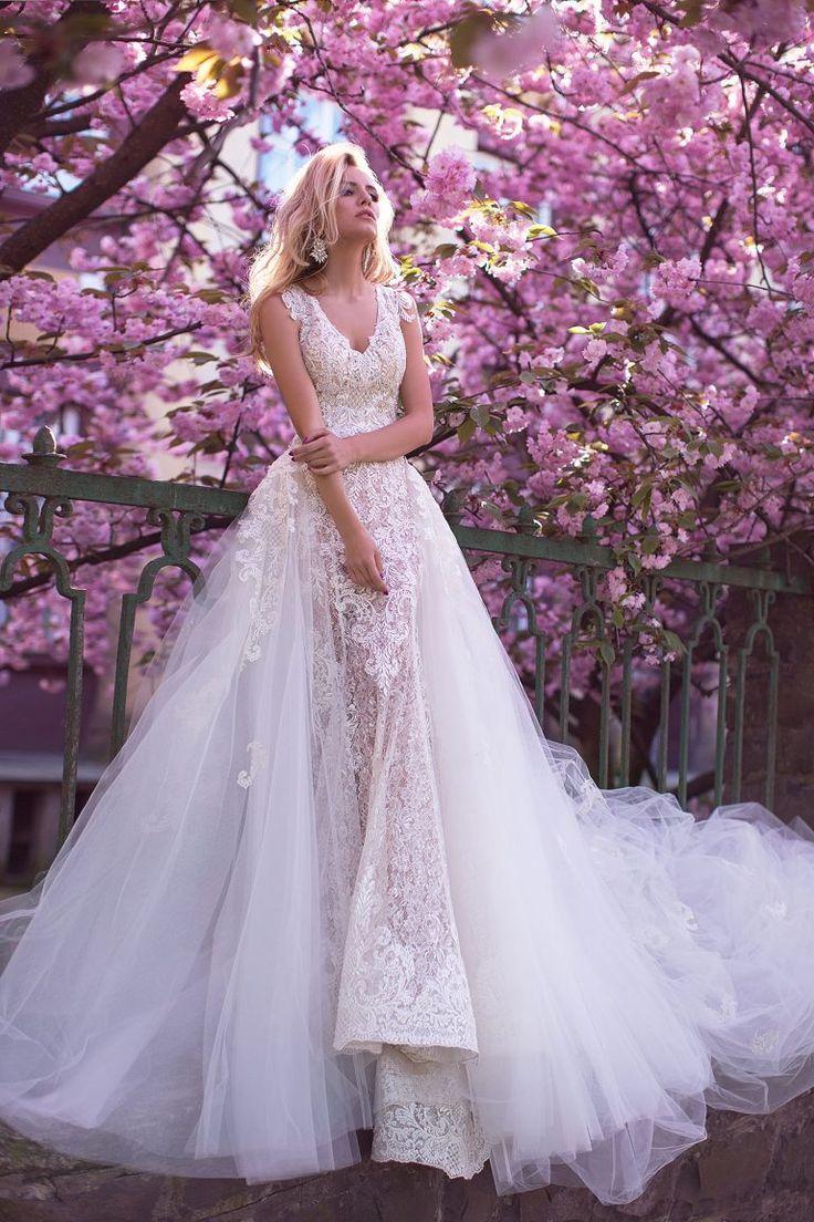 Robe de mariée luxe dentelle prêt du corps