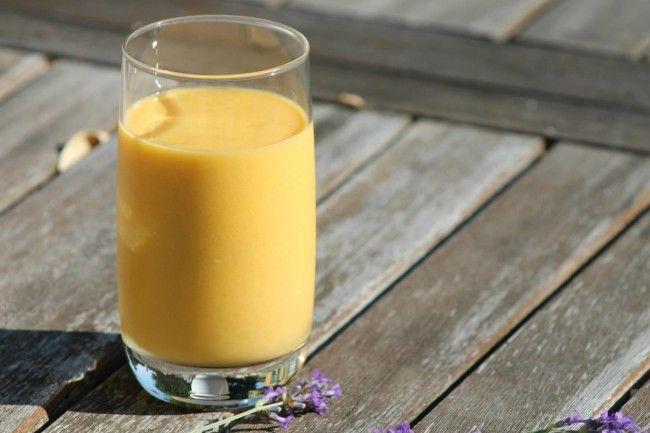 Mango lassi (indiai joghurtos mangó ital)
