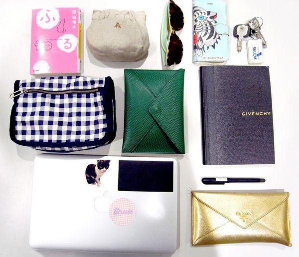 働くオンナ図鑑「バッグの中身」 vol.1~ファッション業界編~-STYLE HAUS(スタイルハウス)