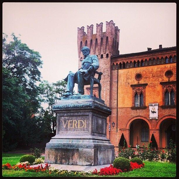 Piazza Verdi, Busseto (Parma) - Instagram by elemacandche