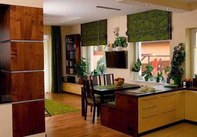 Az eredetileg hengeres oszlop szögletes borítást kapott, így belesimul a modern bútorok alkotta egységbe