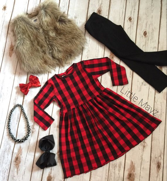 Buffalo plaid lap dress short sleeve or long sleeve fall dress for girls. #buffaloplaid #toddleroutfit