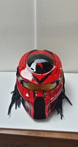 Predator helmets Basic Helm KYT Certificate DOT, Full Face Surely that's been with the National Indonesia (SNI) Additional accessories such as Laser with on / off switch is up to 30 meters. »To the m