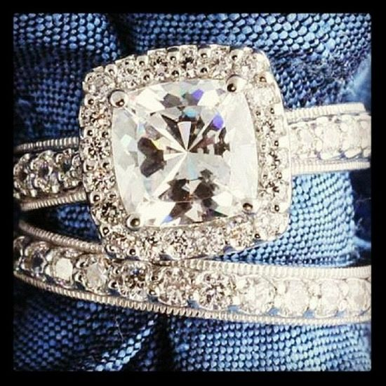 Vintage wedding rings - Click image to find more Women's Fashion Pinterest pins