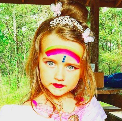 Princess SibellaCK - eyes