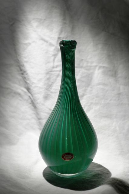 Eystein Sandnes for Magnor Glassverk 1957    Avbildet i Taschen 1957.  H:    Proviniens; Dag Frøland