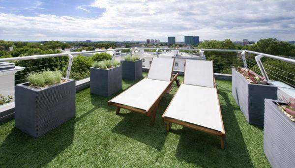 balkon relax liege ideen behagliche erholungsecke gestalten balkon fu boden und gestalten. Black Bedroom Furniture Sets. Home Design Ideas