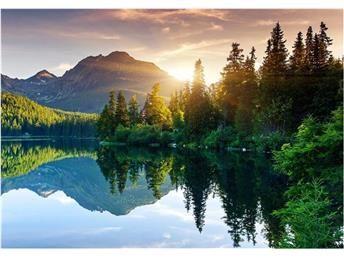 Nonwoven Fototapet Mountain Lake - väggdekor som gör skillnad!