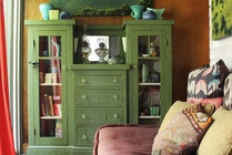 Living in a Jewel Box: Bill & Richard's Gorgeously Grand Small Space House Beautiful | Apartment Therapy  What is that piece of furniture? I love it: House Tours, Living Rooms, Eagles Rocks, Green Cabinets, Small Bedrooms, Apartment Therapy, Dressers, Retro Cabins, Cabins Mod