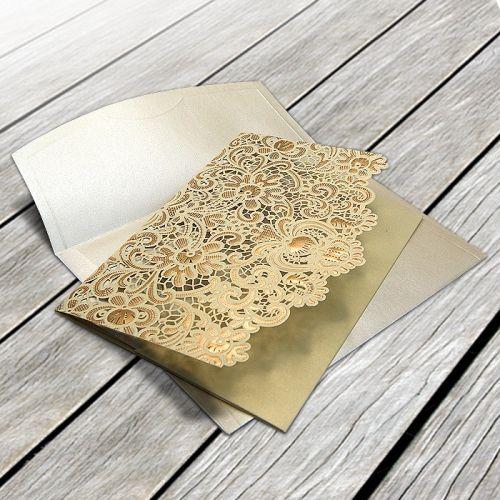 A meghívó kiváló minőségű dekoratív papírból készül. Tartóként funkcionál a fedlap, amely kifinomult lézervágott mintával és dombornyomással díszített. A betétlap fényes ekrü. Boríték tartozik a meghívóhoz.   Megrendelés menete:  -    Megrendelés leadás   -  A megrendelés visszajelzésben található linken elküldeni     a meghívóba szánt szöveget.   -  megrendelést követő 5 munkanapon belül látványtervet     küldünk ellenőrzésre.   -    Jóváhagyás, innen indul a…