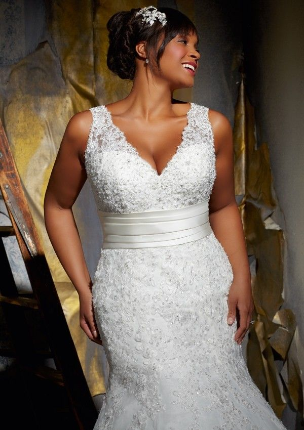 V Neck Chapel Train Satin Trumpet Mermaid Plus Size Wedding Dress Wmr0090