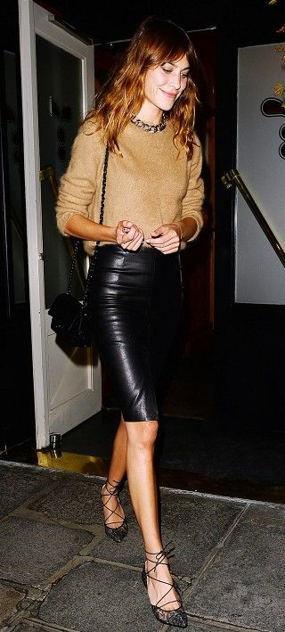 Alex Chung in the perfect going out look: leather skirt + lace-up flats