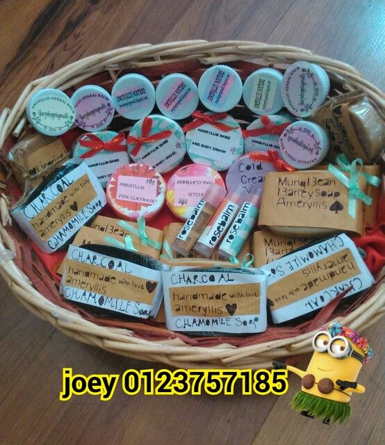 Ameryllis skincare collection from soap,lipsbalm,hand bodycream, cold cream,smoothie scrub,acne cream, herbal balm all are here from top to the ;) want beauty?pm me joey #ameryllis nature skincare wechatjoey2383 or whatsapp0123757185 price so affordable only start with rm25 www.ameryllisnatureskincare.wordpress.com