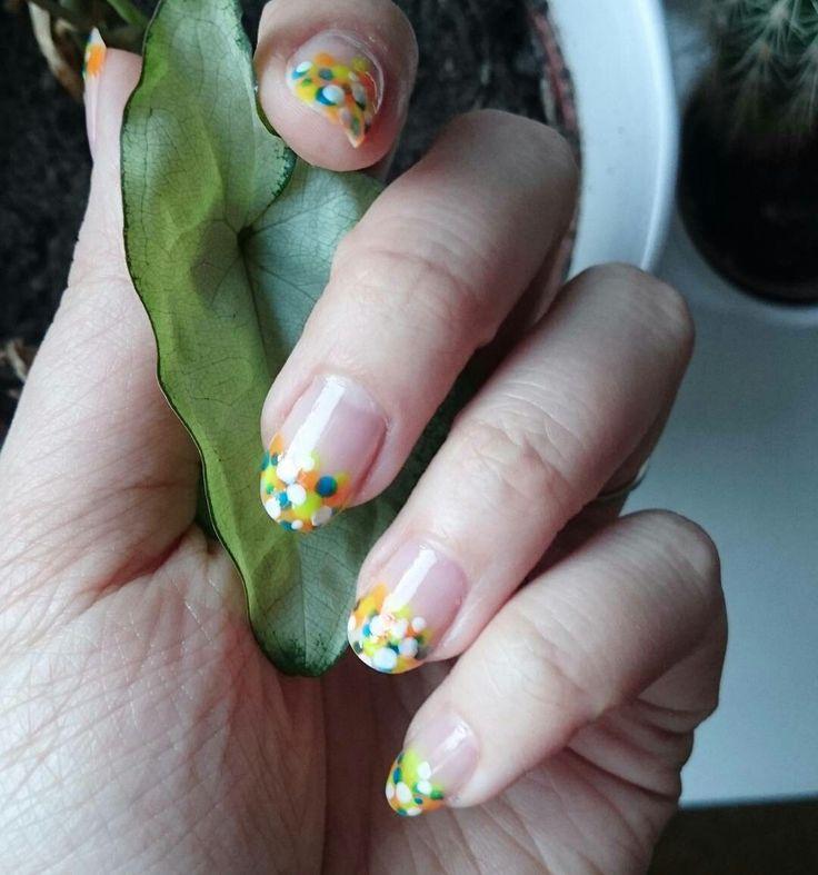 Diy nails, easy. Diy manicure.