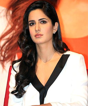 Katrina Kaif, everything from her hair to her makeup is perfect and still very natural. She's so stunning, especially in this picture.