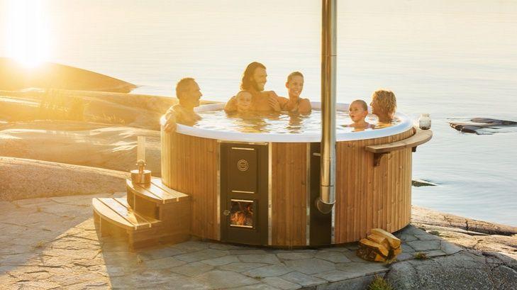 Skargards Hot Tubs - Low-maintenance wood-fired hot tubs. Swedish hot tub. Wooden hot tub. Scandinavian hot tub. Wood-heated hot tub.Reinforced glass fiber hot tub.