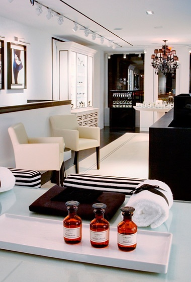 Jo Malone London. I like this for a bathroom.