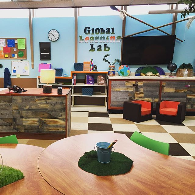 Spotted our #CubinoChairs in an amazing #makeover of a California school #library featured on the @theellenshow and designed by HGTV's @cousinstv! - montedesign on Instagram