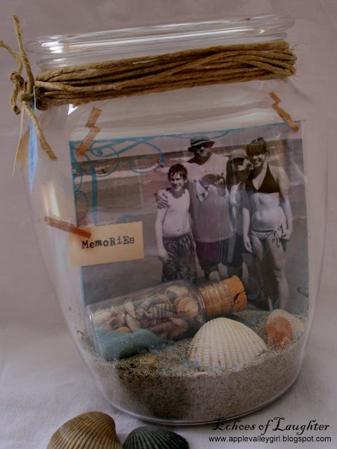 A Vacation Memory Jar...if we ever go to the beach i will keep this in mind
