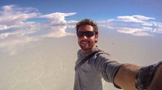 I need an Amazing board!!! This Guy Officially Took The Best Selfie Ever. You'll Never Believe How He Did It...WOW.