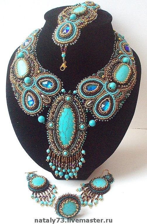 Beautiful bead embroidery art Jewellery set | Natalia Uhryn.